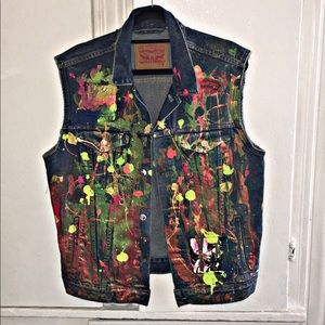 ⚜️Custom Levi's Trucker Vest ⚜️Size Medium ⚜️